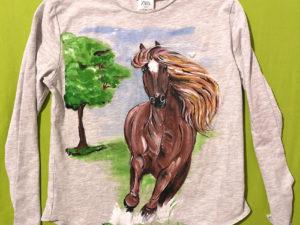 Tricou personalizat (pictat manual) pentru copii Cal primavara - Piticool ART