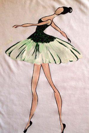 Tricou pictat manual Balerina 3