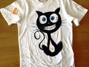 Tricou pictat pentru copii Pisica neagra