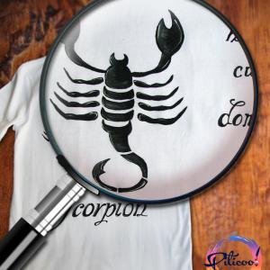 Scorpion tricou pictat manual